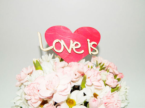 "Топпер (для торта, для декора) ""Love is..."""