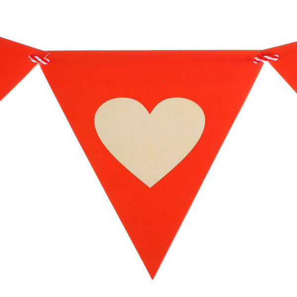 Гирлянда-флажки с сердцем (2 метра)