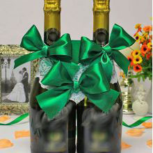 Свадебное украшение на шампанское Изумруд