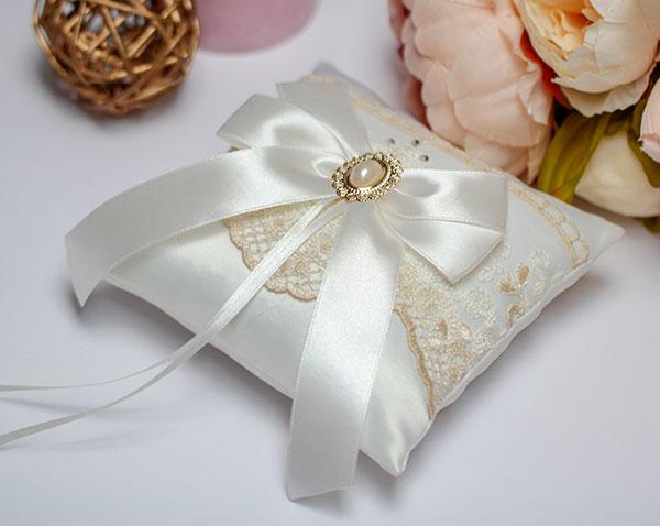 """Свадебная подушечка для колец """"Винтажный шик"""""""