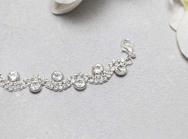 """Свадебный браслет для невесты """"Стразовая волна"""""""