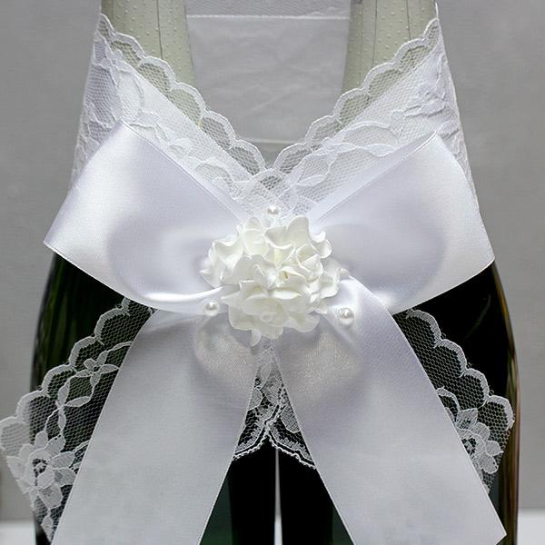 Свадебное украшение на бутылки Изысканные розы (белый)