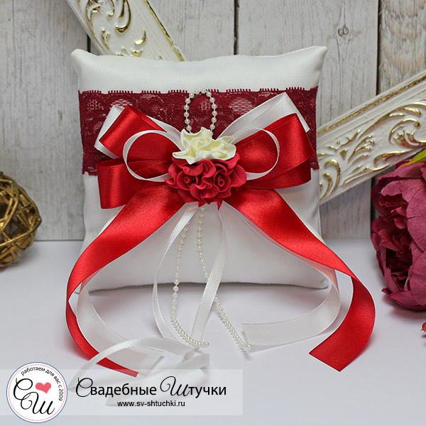 Подушечка для колец Romantic (красный)