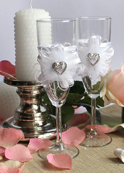 """Свадебные бокалы """"С любовью"""" в интернет магазине """"Свадебные штучки"""""""