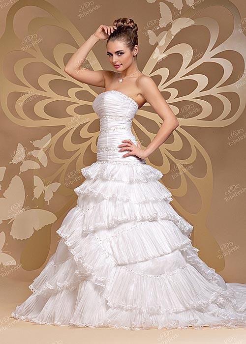 погулять в белых туфлях нa поляне невест