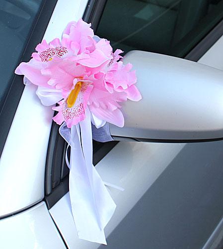 Свадебные бутоньерки на машину