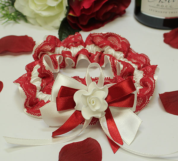 Подвязка на ножку невесты Romantic (красный)