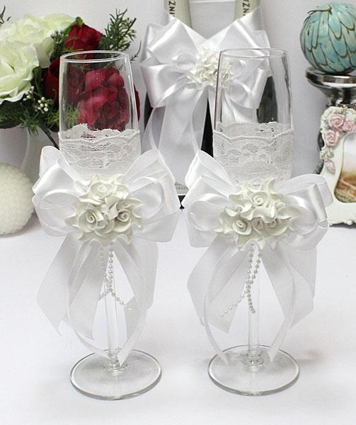 Свадебные бокалы для молодоженов Romantic (белый)