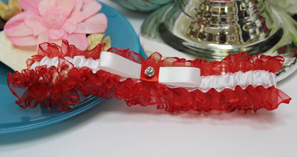 Подвязка для невесты Чаровница (красный)