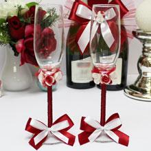 """Красные свадебные бокалы ручной работы """"Цветочный поцелуй"""""""