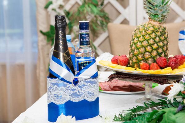 Декоративное украшение свадебных бутылок Афродита (синий)