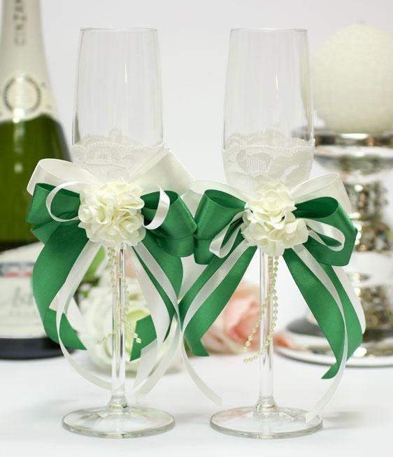 Свадебные бокалы для молодоженов Romantic (изумрудный)