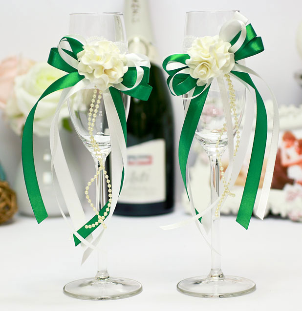 Свадебное украшение для бокалов Romantic (изумрудный)