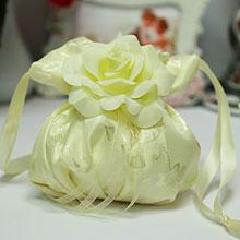 """Свадебный кисет для невесты """"Прекрасная роза"""""""