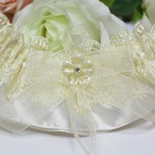 """Свадебная подвязка для невесты """"Хрустальный цветок"""""""