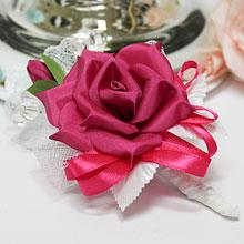 """Свадебная бутоньерка для жениха """"Изящная роза"""" (малиновый)"""