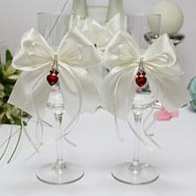 """Свадебные бокалы для молодоженов """"Рубиновое сердце"""""""