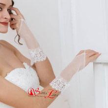 Свадебные перчатки короткие фатиновые с кружевом (айвори, 40-42 размер)