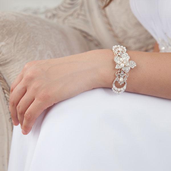 """Браслет для невесты """"Роскошный цветок"""""""