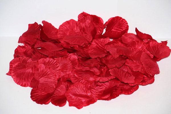 Искусственные лепестки роз (бордовый)