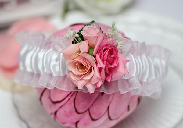 Подвязка свадебная Весна (белый/розовый)