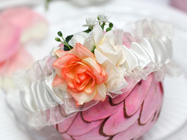 Подвязка свадебная Весна (айвори/персик)