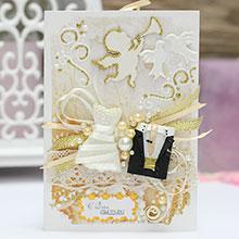 """Свадебная открытка ручной работы """"Молодожены"""" (бежево-золотая)"""