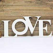 """Большое слово для фотосессии """"LOVE"""" (белое)"""
