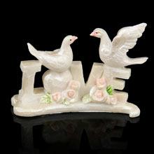 """Свадебный сувенир """"LOVE с голубями"""" (разный дизайн)"""