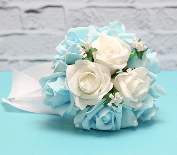 """Букет-дублер для невесты """"Очарование"""" (белый/голубой)"""