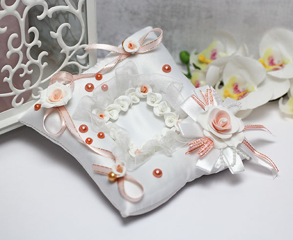 """Свадебная подушечка для колец """"Персиковый цвет"""""""