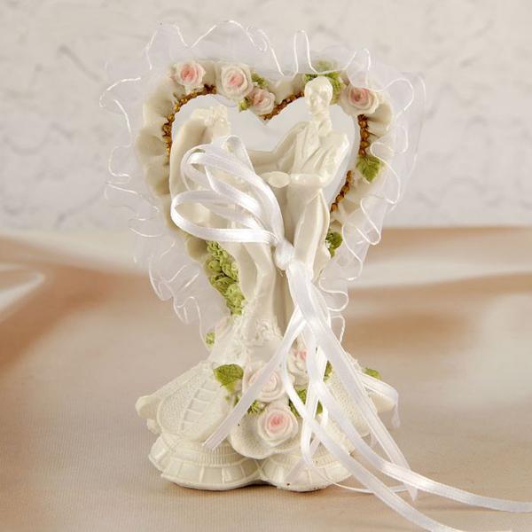 """Фигурка для торта """"Сердце с молодоженами"""" (высота - 12 см)"""