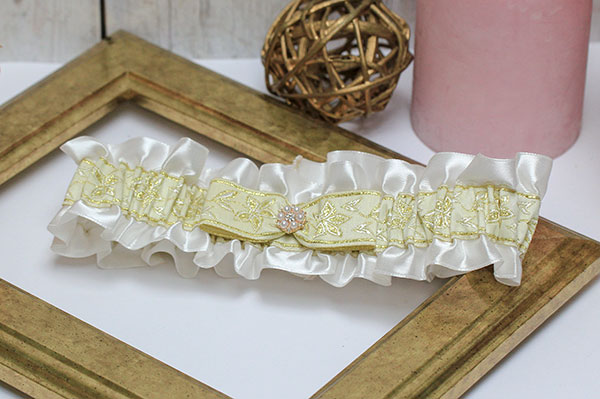 Подвязка для невесты Русские узоры (золотой)