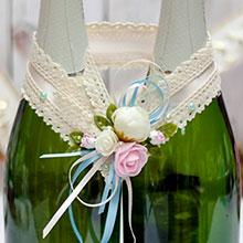 """Свадебное украшение для шампанского """"Весенний поцелуй"""""""