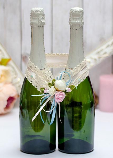 """Свадебное украшение для шампанского """"Весенний поцелуй"""" (айвори)"""