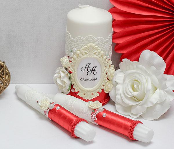 Домашний очаг + 2 свечи Сливочный десерт (красный)