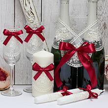 Недорогой набор свадебных аксессуаров Бантик (винный)