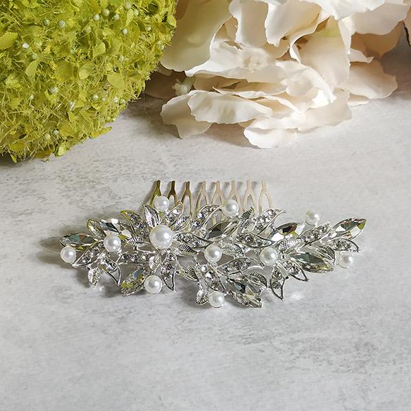 """Свадебный гребень для невесты """"Обворожительный цветок"""" (10,5х4,5 см)"""