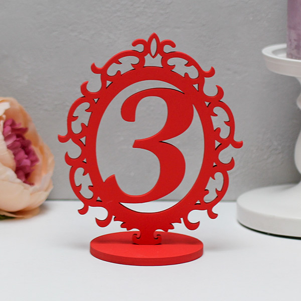Набор деревянных номеров столов с резной рамкой (1-8, красный)