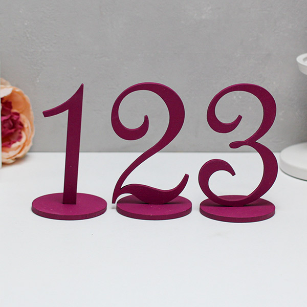 Набор деревянных номеров столов (1-6, ягодный)