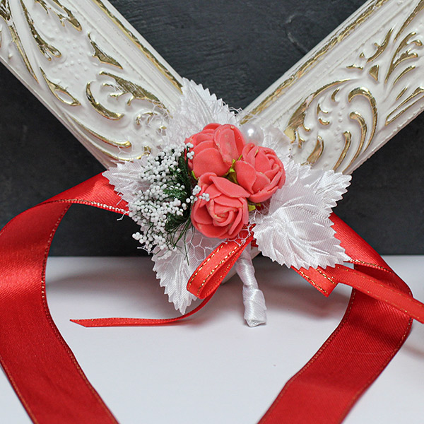 Браслет для подружек невесты Букетик (бело-красный)