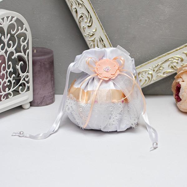 """Атласная сумочка для невесты ручной работы """"Нежное мгновение"""" (персиковый)"""