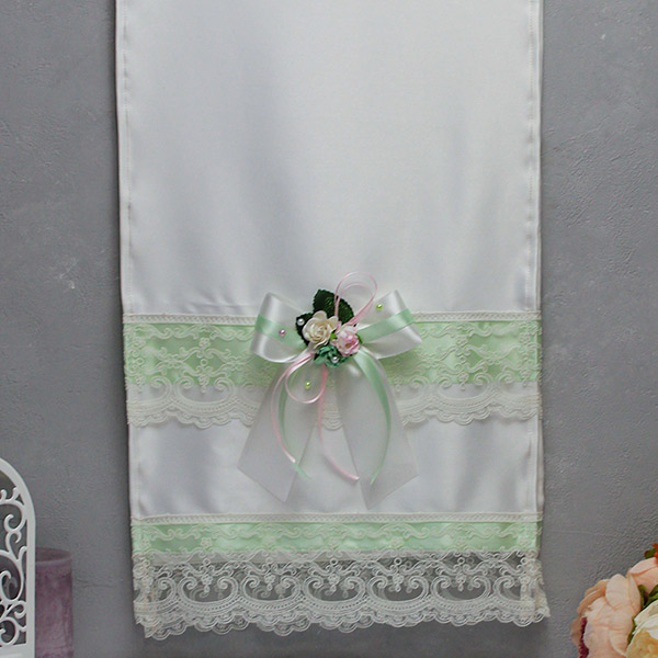 Свадебный рушник ручной работы Таинственный сад (атлас) (мятный)