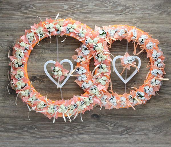 """Свадебное украшение на стену """"Цветочные кольца и сердца"""" (персиковый) (75х49 см)"""
