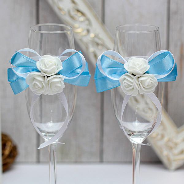 Свадебное украшение на бокалы Розанна (белый/голубой)