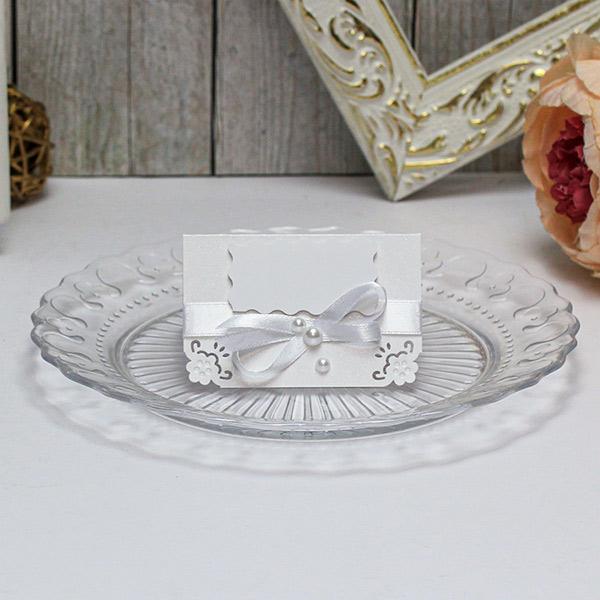Банкетная карточка для гостей Нежные цветы (белый)