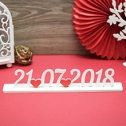 Дата свадьбы из дерева на подставке (длина - 37 см)
