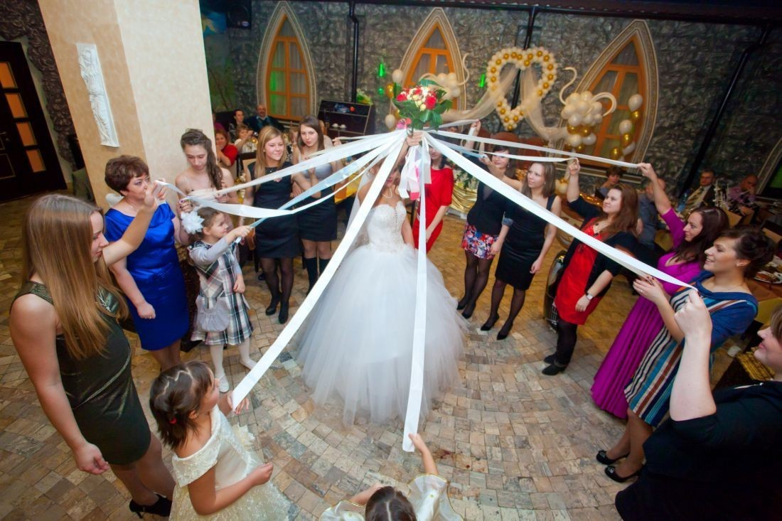 Выкуп невесты конкурс с букетом невесты