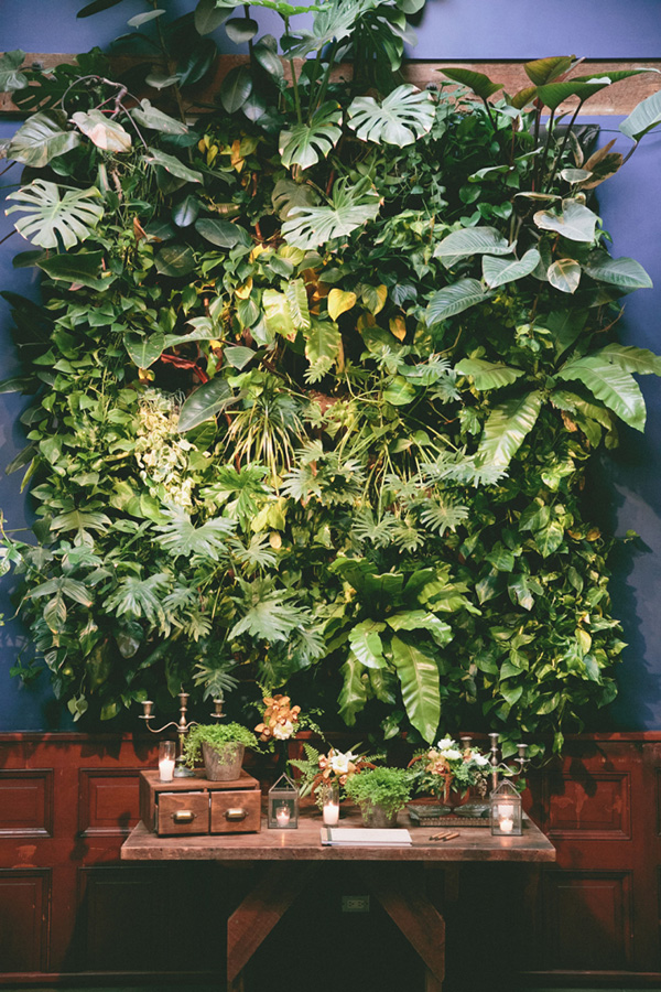 greeney-wedding-decor-ideas-plant-backdrops
