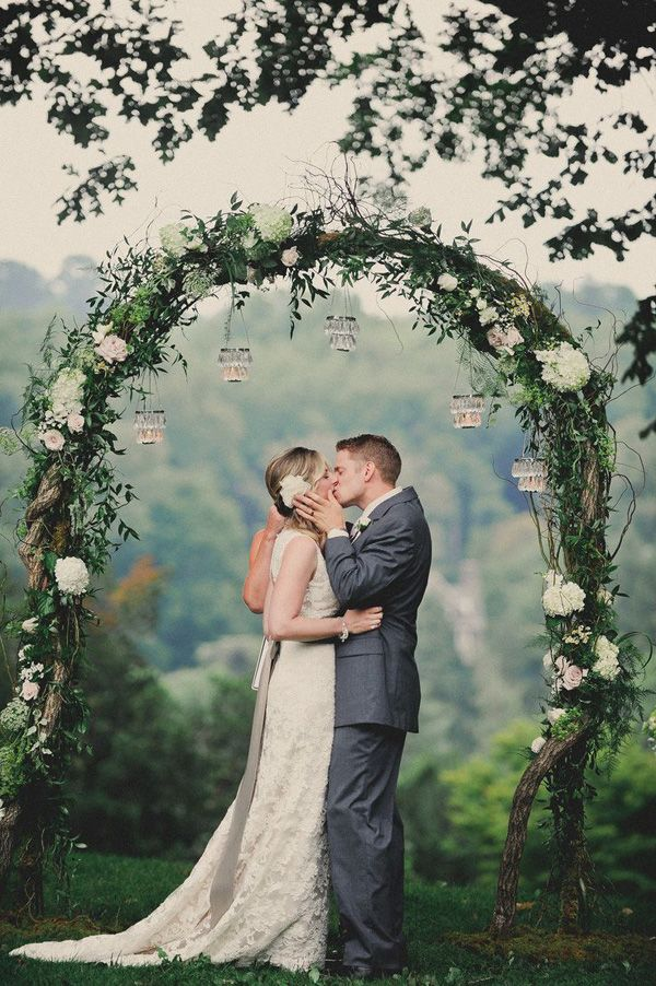 romantic-white-floral-and-greenery-arch-ideas